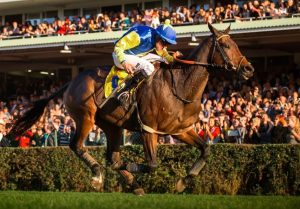 Crowded Stretch Run Finishes with Faltejsek and Tzigane Du Berlais Win