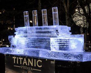 Ice Statue of The Titanic on Moravské náměstí