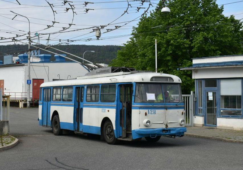Retro Trolleybus Returns to Brno