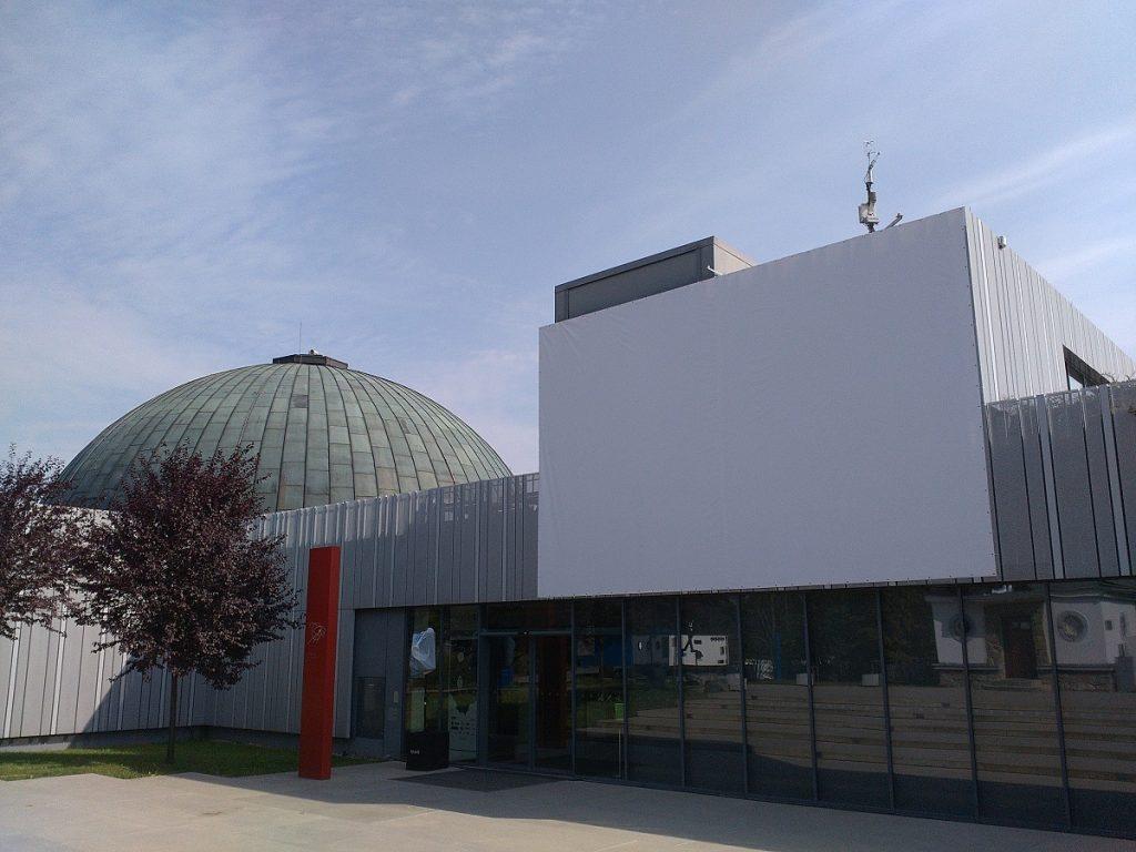 Moon Night at Brno's Observatory and Planetarium