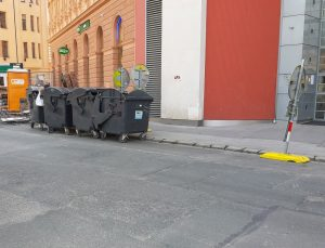 Brno Residents Can Now Dispose Of Used Cooking Oil In Regular Black Garbage Bins