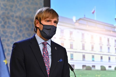 Czech Government Announces First Loosening of Some Emergency Measures, But Also Further Hygiene Precautions
