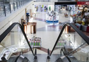 Quarter of Czechs Will Visit Shopping Centers Less After the Pandemic