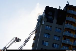 11 Dead and 10 Injured in Apartment Fire in Bohumín