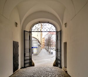 """""""Meet Brno"""" Project Helps Newcomers Get To Know The City"""