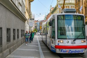 In Brief: DPMB To Reward Vaccinated Employees with CZK 2,000 and a Day Off