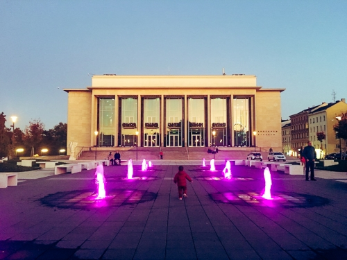lighting in pink 4-2-fountain-janacek-crtedit-cg-brnodaily (6)